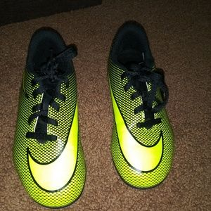 Nike Soccer cleats(boys youth)